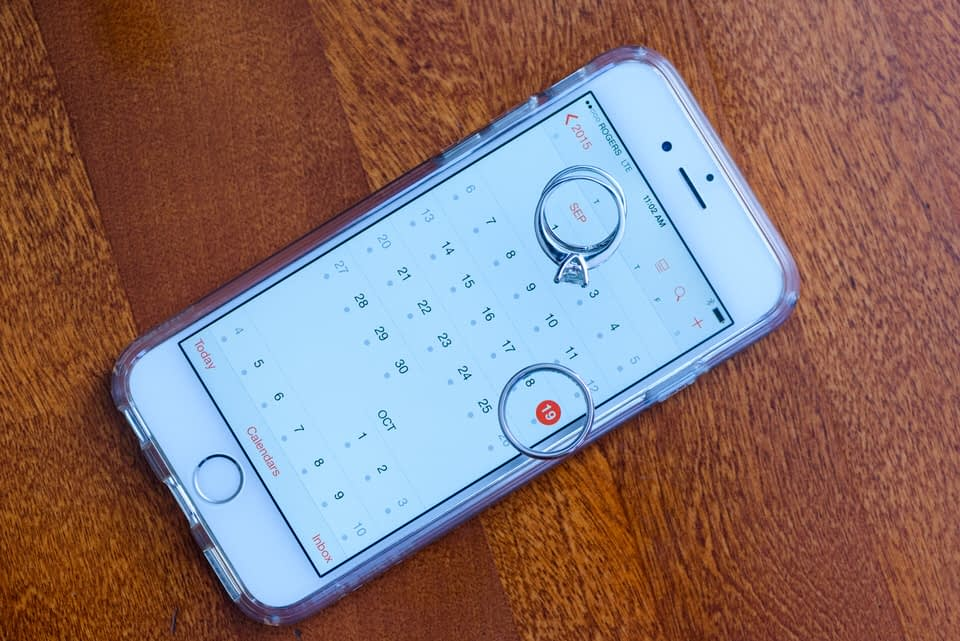 Wedding rings on iphone to show wedding date