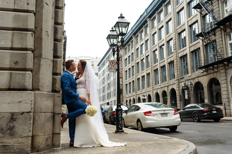 Wedding portrait in Old montreal