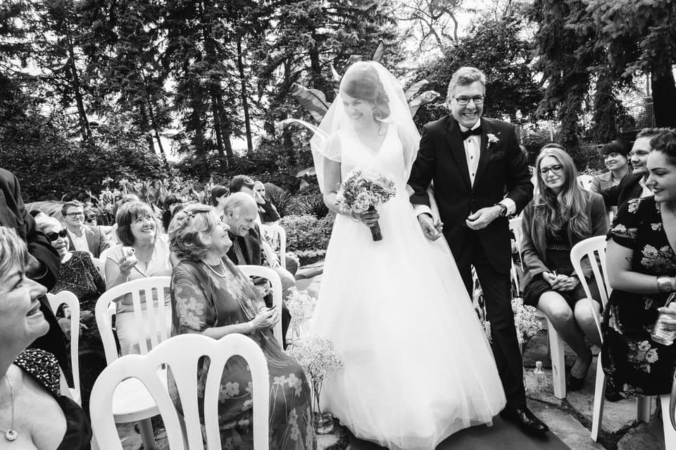 Bride entering with her father at Parc Jean-Drapeau wedding