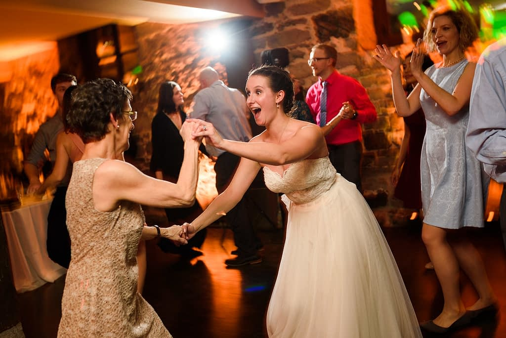 Bride dancing with her mom