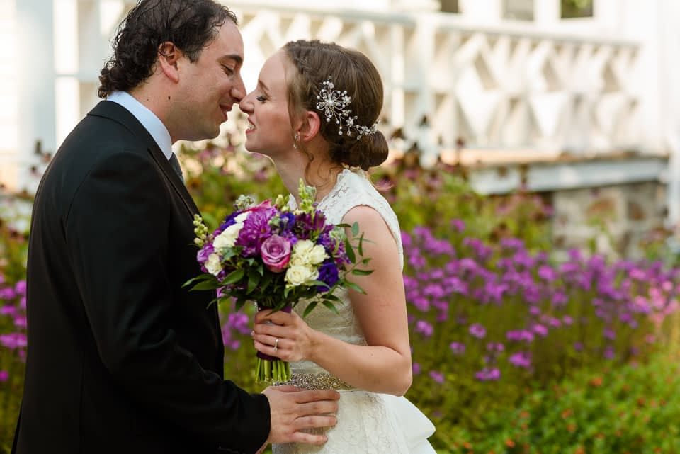 A first kiss on the wedding day