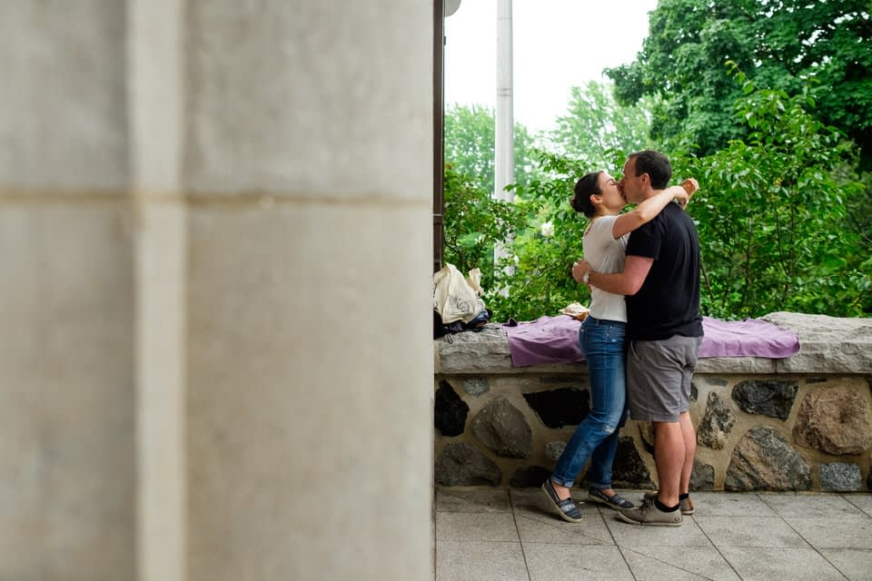 Couple kissing after proposal on Mount-Royal