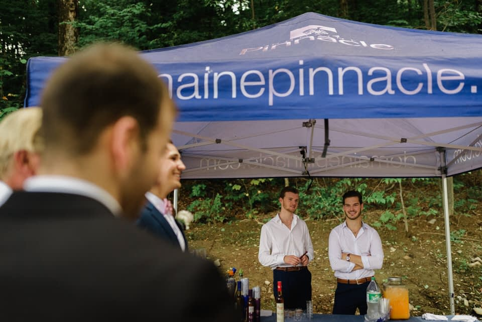 Cocktail service under a tente from Domaine Pinnacle