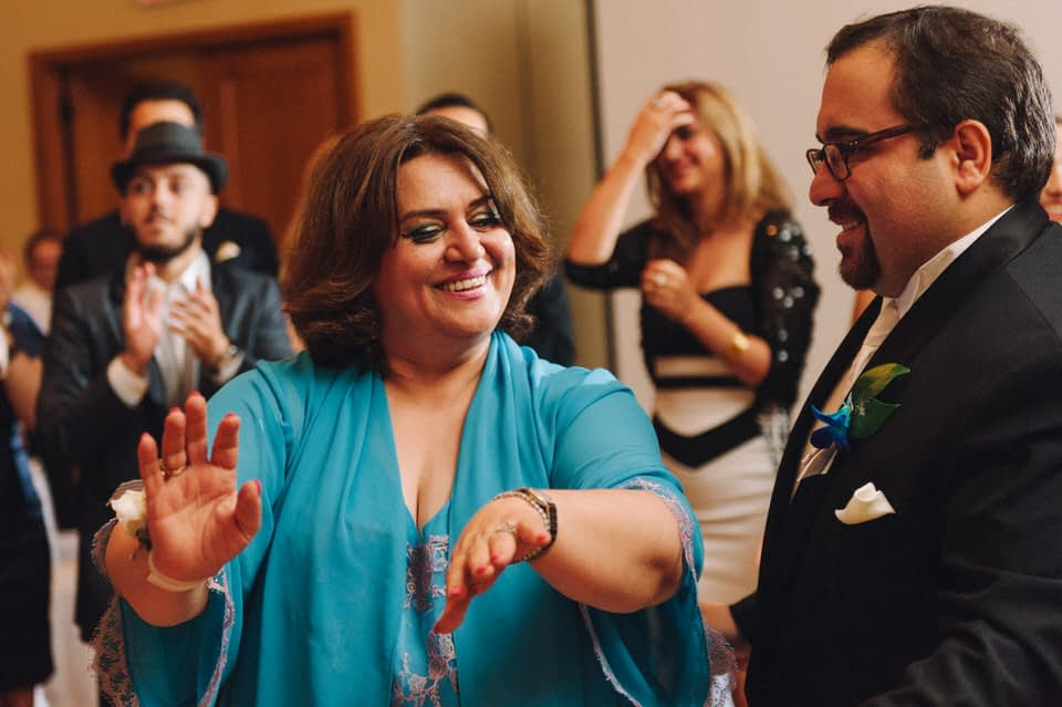 Dancing at Iranian wedding at Chateau Bromont 02